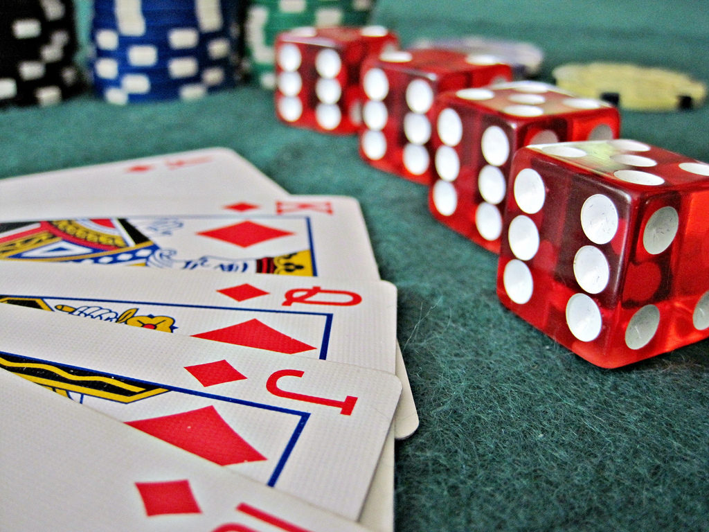 Transient Article Teaches You The Ins And Outs Of Online Casino